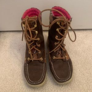 Sperry high rise boots